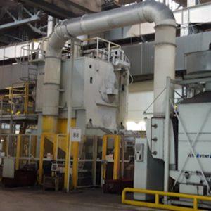 Forgeage et presses industriels en l'industrie métaux.